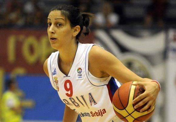 A pesar de la derrota de su equipo, Jelenia Milovanovic, fue la máxima anotadora del encuentro. Foto tomada de fullbasket.es