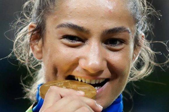 Kelmendi entró a la historia de su país y de los Juegos Olímpicos. Foto: AP
