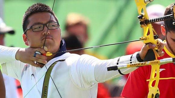 Kim Woojin logró récord mundial en el inicio de Río-2016.