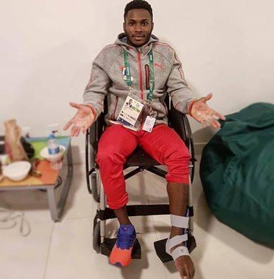 Manrique en su habitación lesionado
