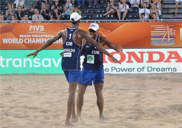 Nivaldo Díaz y Sergio González. Foto tomada de actualidadeportivas.wordpress.com