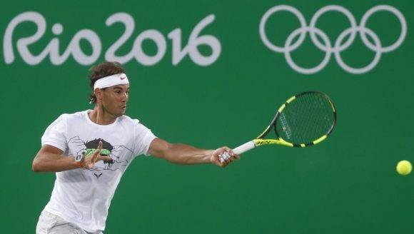 Rafael Nadal en un entrenamiento en Rio 2016. Foto tomada de Mundo Deportivo.