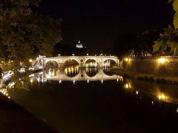 Roma de noche. Foto: Martha Abreu Utrera / Cubadebate