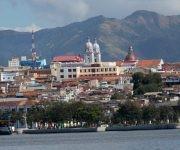 Santiago visto desde la bahía. Foto: José Alberto Zayas / Cubadebate