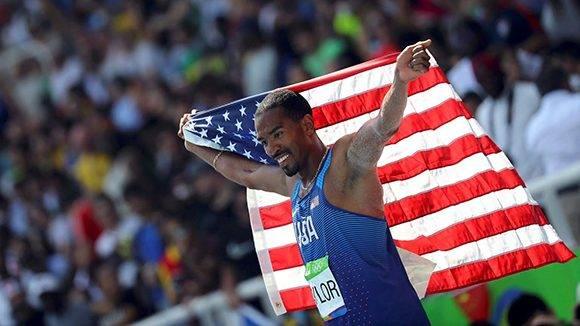 Taylor se convirtió en doble monarca olímpico. Foto: Reuters.