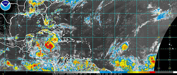 Caribbean on the Alert for Strong Tropical Wave