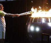 Vanderlei enciende la pira olímpica Foto: AP