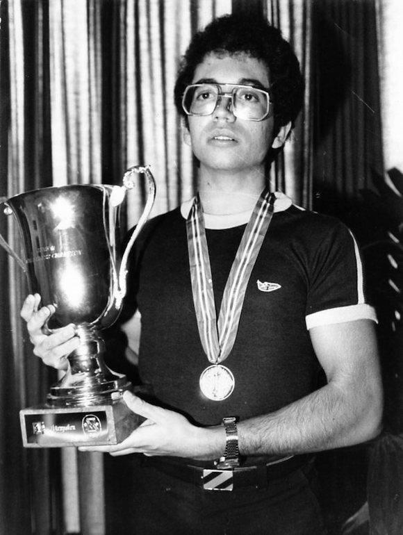Walter Arencibia, campeón mundial juvenil en 1986.