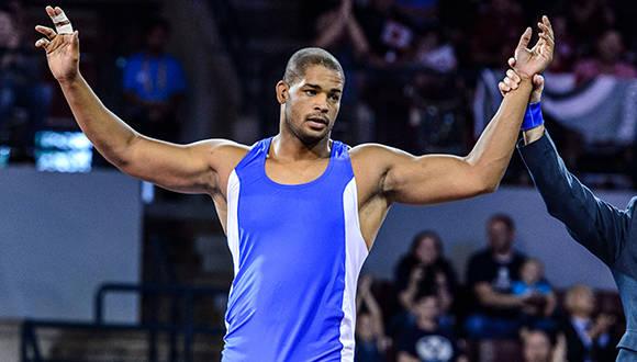 Greco-Roman - 98kg GOLD: Yasmany LUGO (CUB) df. Kevin MEJIA (HON) by Fall