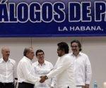 El Gobierno colombiano y la guerrilla de las FARC concluyeron en La Habana la negociación de un acuerdo.