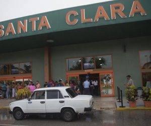 Aeropuerto de Santa Clara en vísperas de la llegada del primer vuelo regular entre Cuba y EEUU en más de 50 años. Foto: Ismael Francisco/ Cubadebate