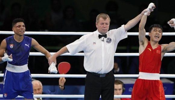 Anuncian expulsión de jueces del Boxeo en Río 2016