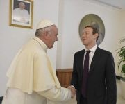 creador de facebook + papa francisco 3