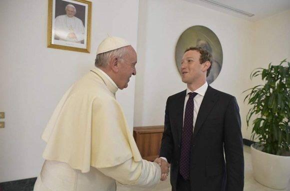 creador de facebook + papa francisco 3