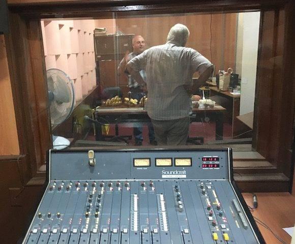 En el Estudio 1 de Radio Rebelde, con Luis Montero y Giraldo Martín.
