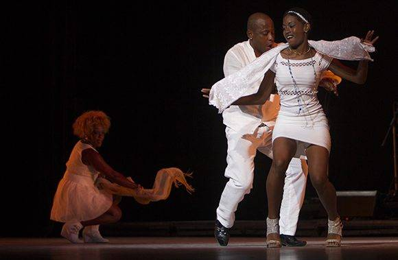 Yoruba Andabo interpretó Rumba Libre. Foto: Ladyrene Pérez/ Cubadebate.