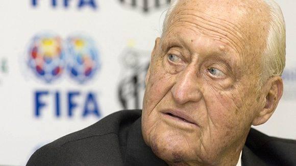 A los 100 años falleció el ex presidente de la FIFA, Joao Havelange.