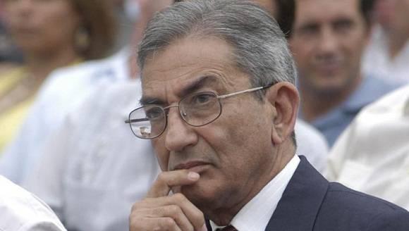 Dirigente cubano José R. Balaguer llama en Perú a enfrentar neoliberalismo
