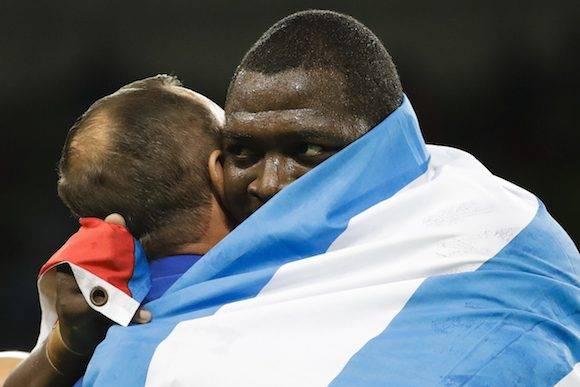 Mijaín López celebra su victoria en Rio 2016. Foto: Markus Schreiber/ AP