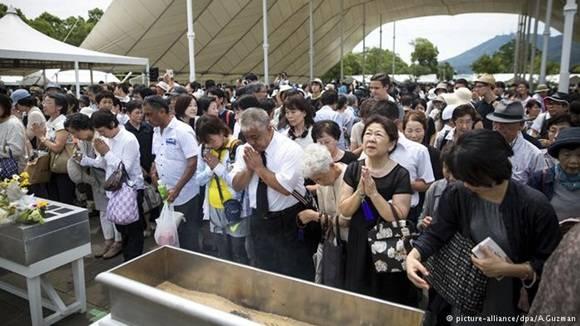 Japón recuerda a las víctimas del bombardeo atómico de Nagasaki