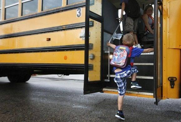 En las escuelas públicas de Portland, Oregon, se ha desatado un revuelo luego de que las autoridades del distrito escolar de esa ciudad determinaron que la música de rap era inapropiada para ser escuchada por sus estudiantes en los autobuses que los llevaban de la casa a la escuela y viceversa.