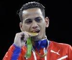 Robeisy y su medalla de oro. Foto: Frank Franklin II/ AP