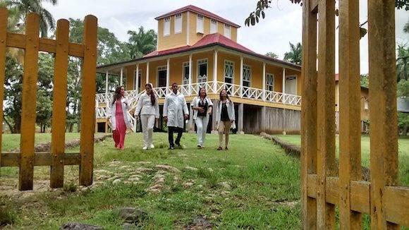 Birán es una pequeña localidad dentro del municipio de Mayarí, en la provincia de Holguín, en el este de la isla de Cuba.