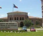 Texas legaliza portar armas en universidades.