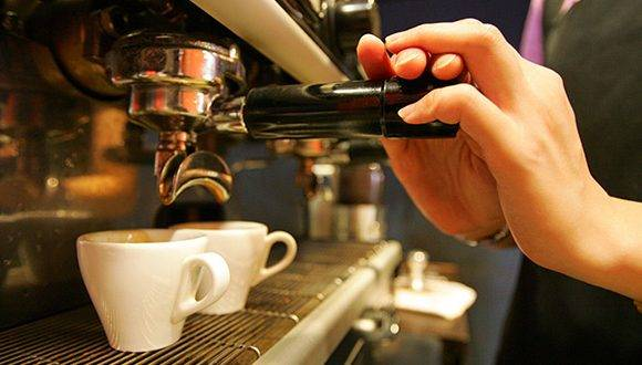 El café podría desaparecer en un futuro lejano, dice estudio. Foto: Richard Chung/ Reuters.