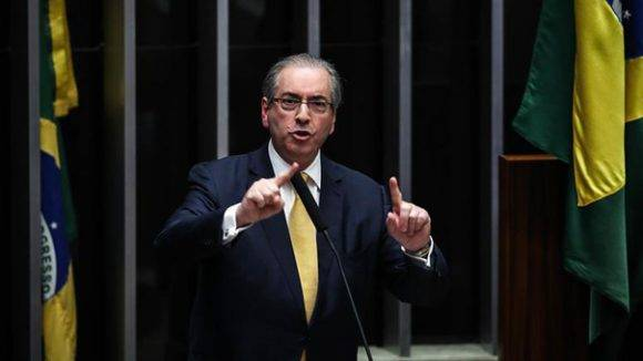 Congreso brasileño destituye a impulsor del Golpe contra Dilma