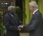 Esteban Lazo recibe a Stanislaw Tillish, presidente del Bundesrat. Foto: Ismael Francisco/ Cubadebate.