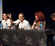 """Conferencia de prensa sobre el Festival de Contratenores celebrada en la sede de la compañía teatral """"El Ciervo Encantado"""" en el Vedado habanero. Foto: Iván Soca."""