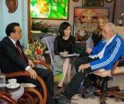 Fidel conversó animadamente con el premier chino,  25 de septiembre de 2016. Foto: Alex Castro