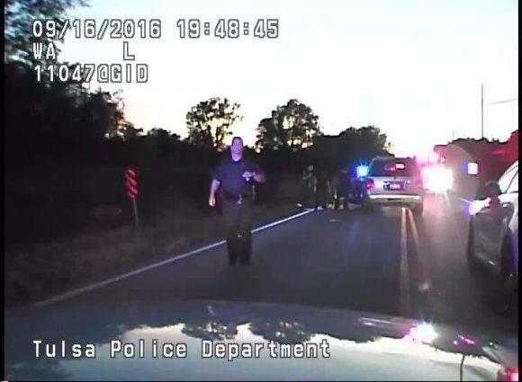 Fotograma del video del asesinato de. afroamericano en Oklahoma.