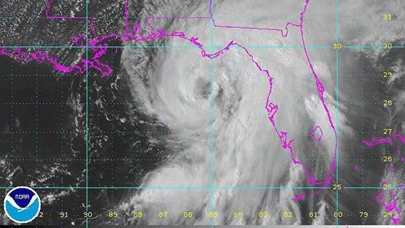 Hermine regresó a se tromenta tropical, pero ya dejó afectada una buena parte del estado de la Florida.