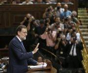 GRA200. MADRID, 30/08/16.- El presidente del Gobierno en funciones, Mariano Rajoy, durante su intervención esta tarde en el Congreso de los Diputados en la primera jornada del debate de investidura al que se someterá. EFE/Juan Carlos Hidalgo.