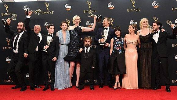Premios-Emmy-2016-lista-de-ganadores-Veep-y-Juego-de-Tronos-vuelven-a-ganar