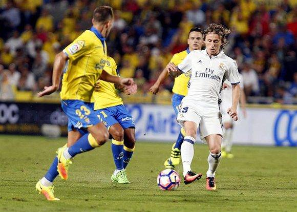 Real Madrid empata Palmas