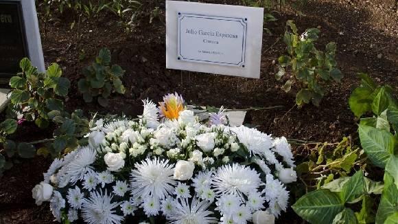 Tarja colocadael Jardín Madre Teresa de Calcuta de la Basílica Menor y Convento de San Francisco de Asís. Foto: Alexis Rodríguez.