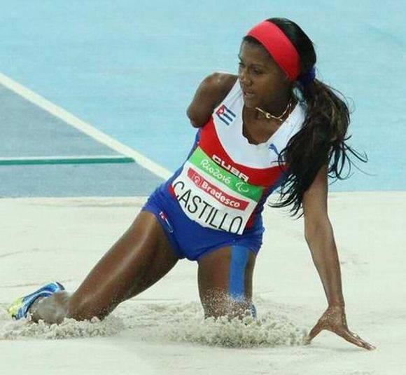 La cubana Yunidis Castillo, gana medalla de plata en salto de longitud en las pruebas de Atletismo, en los XV Juegos Paralímpicos de Río de Janeiro, en Brasil. el 8 de setiembre de 2016. ACN FOTO/ Armando HERNÁNDEZ/ Jit/ rrcc