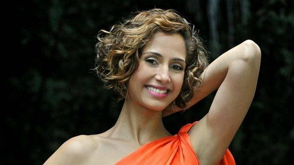 La actriz es conocida en Cuba, entre otras actuaciones, por su carismático y ocurrente personaje de Bebel en la novela paraíso Tropical.
