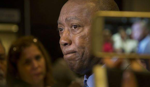 Sylvester Turner, alcalde de Houston en Encuentro de Negocios, en La Habana. Foto: Ismael Francisco/ Cubadebate