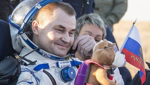 Los tres tripulantes volvieron después de cumplir una misión de seis meses a bordo de la Estación Espacial Internacional (EEI), Foto: Twitter Estación Interespacial.