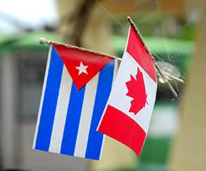 canada_cuba_flags_car