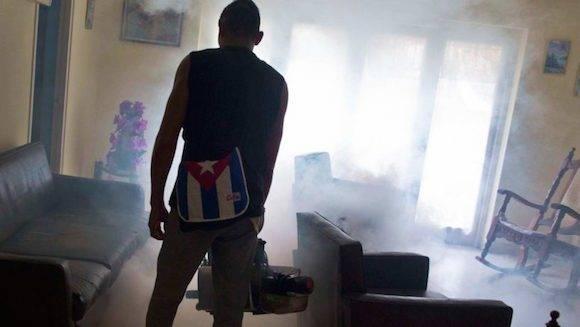 La batalla de Cuba contra Zika es reconocida por especialistas de EEUU. Foto: Ramon Espinosa/ AP