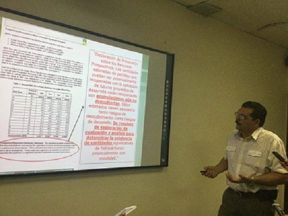 Roberto Suárez, director adjunto de Cupet. Foto: María del Carmen Ramón/ Cubadebate.