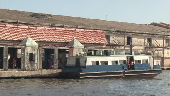 Embarcadero actual de la Lanchita de Regla en la Bahía de La Habana. Foto: Adolfo Ley.
