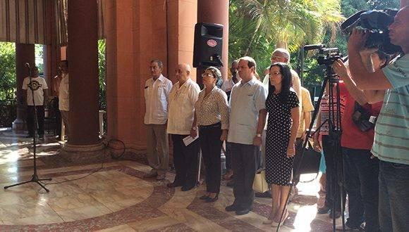 En la inauguración del Seminario estuvieron presentes Kenia Serrano, presidenta del ICAP, Fernando González LLort, vicepresidente y Jose Ramón Balaguer, miembro del Secretariado del Comité Central del Partido Comunista de Cuba. Foto: María del Carmen Ramón/ Cubadebate.