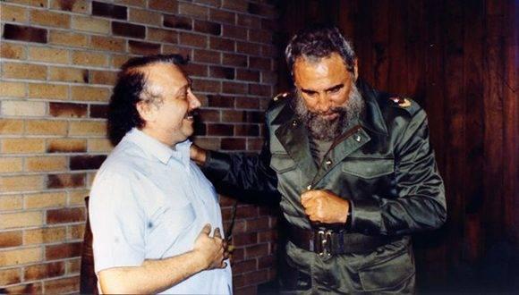 Gianni Minà con Fidel Castro. Foto: Archivo.