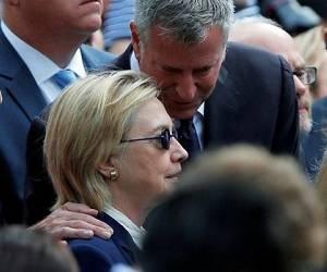 Hillary Clinton al borde de un desmayo en Nueva York. Foto: @pzf.
